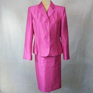 👑 Le Suit Pink Jacket & Skirt